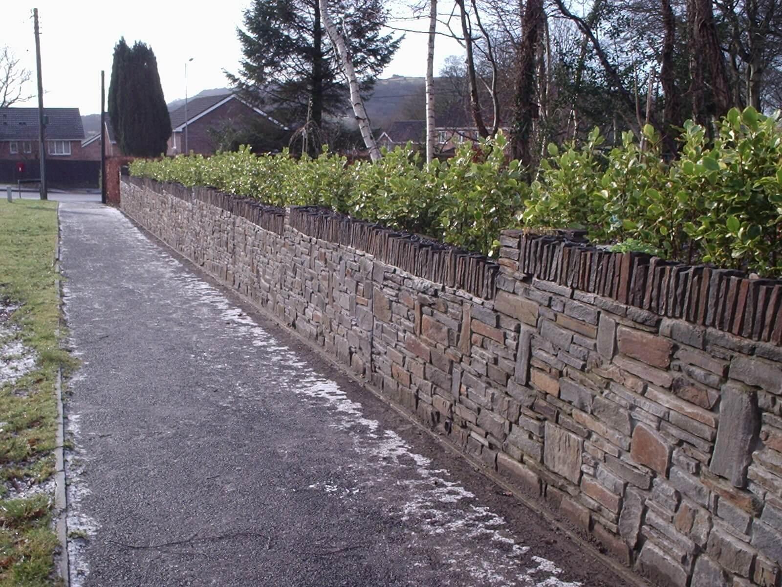 Semi-coursed Walling Stone
